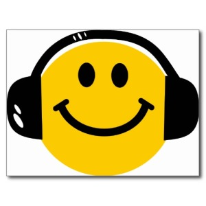 smiley_with_headphones_post_card-r456938d163c84ad19c7edc0b59864017_vgbaq_8byvr_512